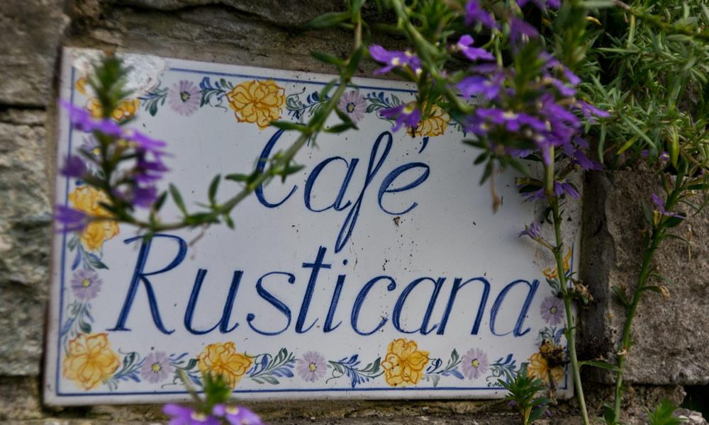 Schild Cafe Rusticana
